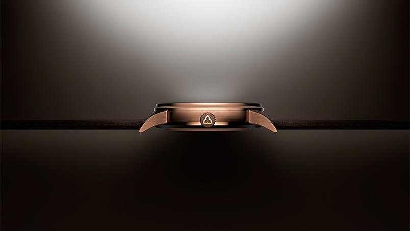 Vue de profil de la pièce unique Les Matinaux, en bronze, pour OnlyWatch