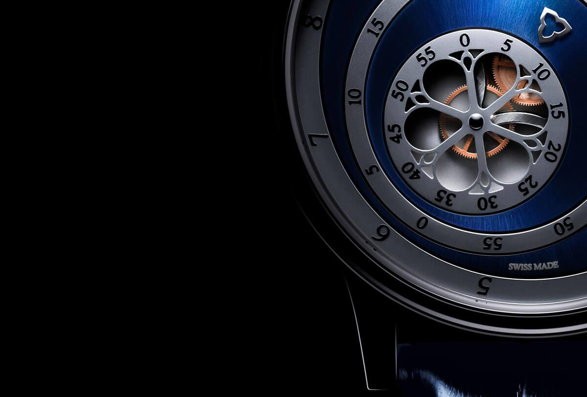 Montre automatique Trilobe de la Collection Les Matinaux avec un cadran Bleu Soleillé