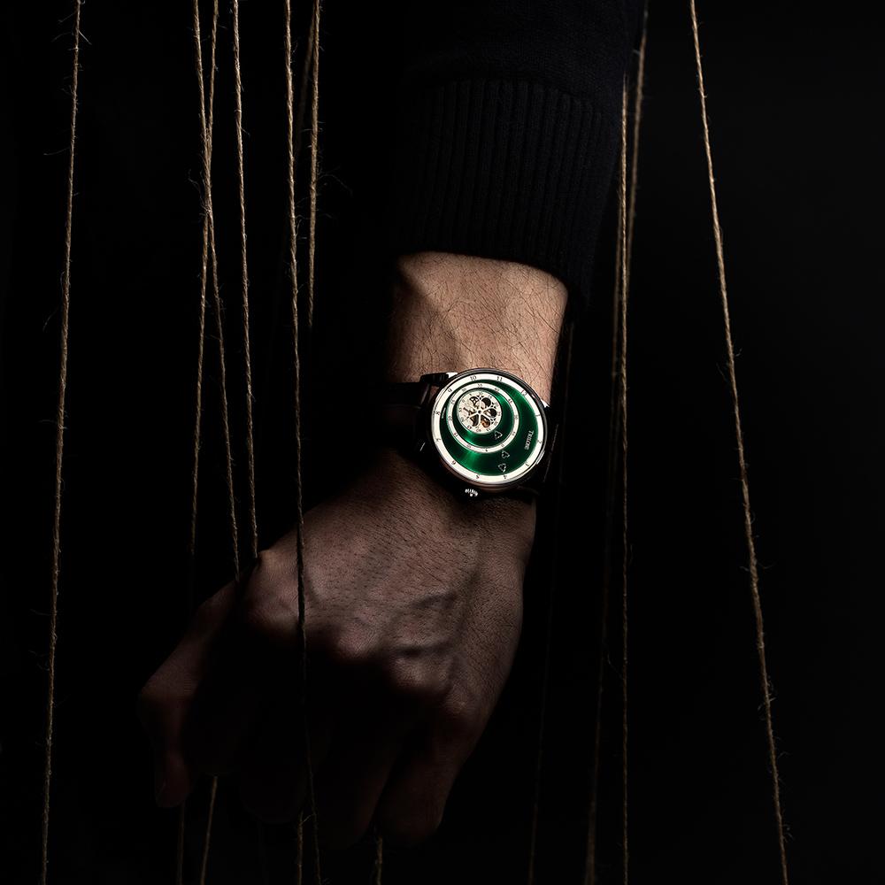 Montre automatique Trilobe de la Collection Les Matinaux avec un cadran Vert Soleillé