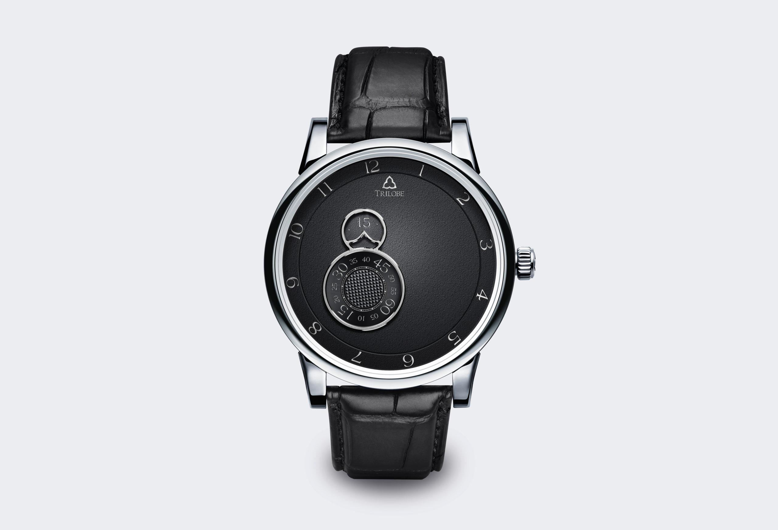 Montre Trilobe de la collection Nuit Fantastique, noir grainé.